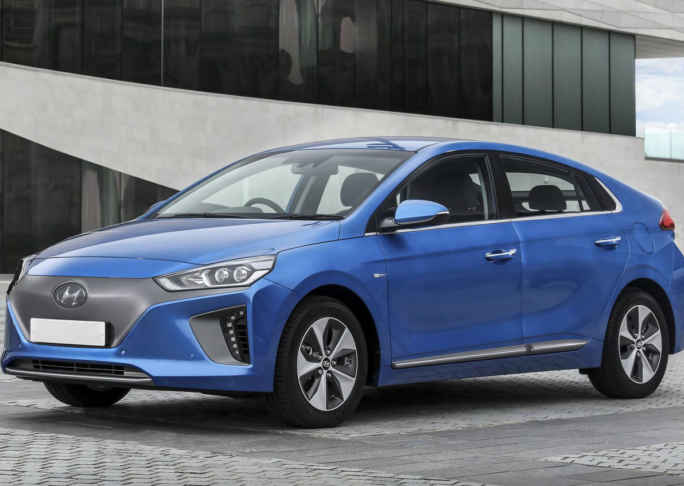 Hyundai Ioniq Uk Version 2017 1280 01